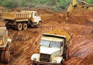 Iron ore mining in Thai Nguyen Province, Vietnam (Source: thainguyentv.vn)